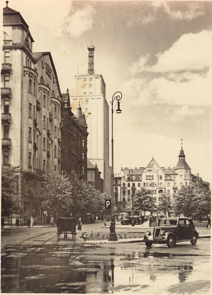 Warszawa - Gmach Prudentialu, Plac Napoleona (1937)