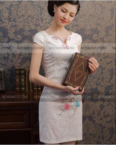 ZANSÉ Modern Collar Floral Cheongsam