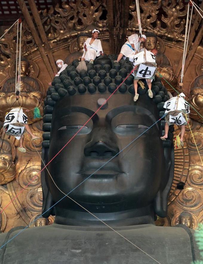 お身拭いで夏すっきり 奈良・東大寺の大仏さま #東大寺 #奈良