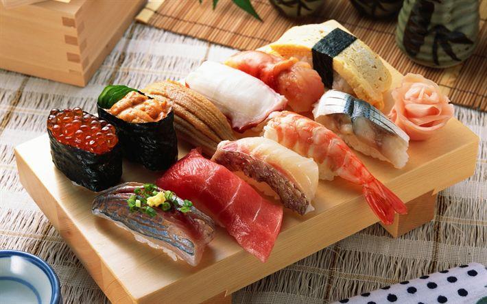Lataa kuva seafoods, Japanilainen ruoka, Japanilainen ravintola, sushi, rullaa, punaista kaviaaria, katkarapuja