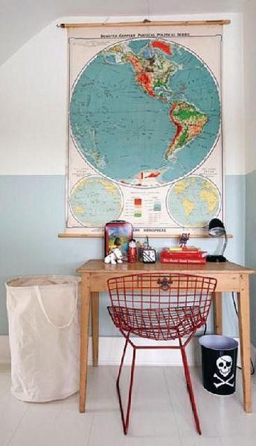 Bertoia chair, colors in map