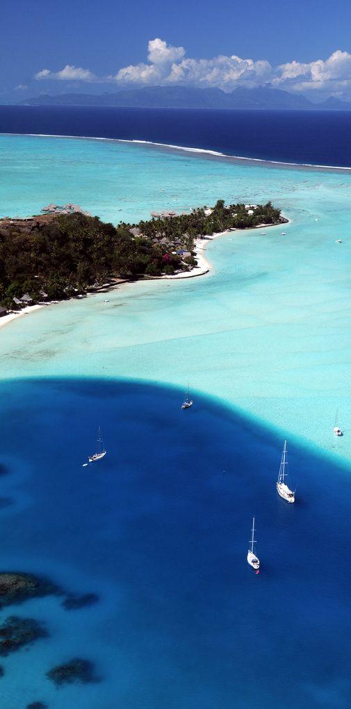 Bora Bora by Xaviermaire via Flickr