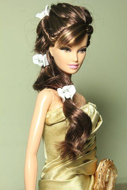 Barbie Hairstyles reblog glam angel Find This Pin And More On Barbie Hairstyles By Vandaecv