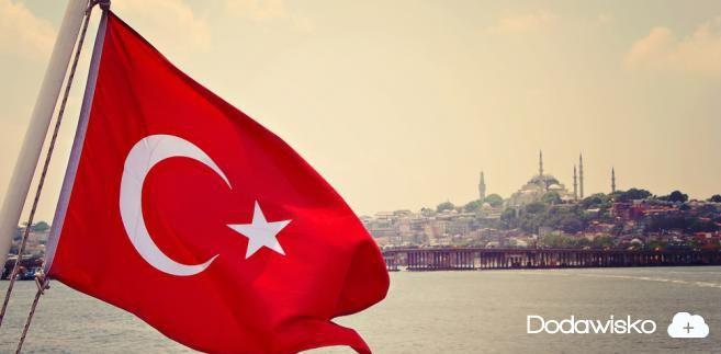 Turcja potwierdza: rozpoczęła wojskowe ataki na północną Syrię