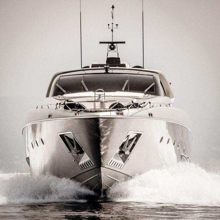 #rivayacht #rivamythos122 #ferrettigroup  #yacht #superyacht #megayacht #yachtdesign #italy #boatshow #cannes #monaco #sarnico #monacoboatservice #yachtphotography #photography #ocean #sun #instagrammers #instalove #instamood #instagood #photo #instadaily #instafamous  #yachtlife