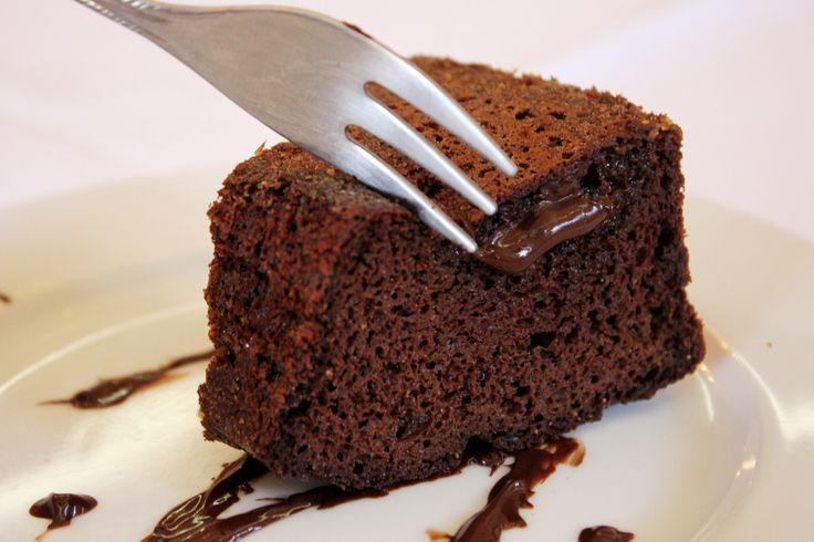 Bolo de Chocolate da Kkau sem leite sem glúten sem açúcar no dia 09/09/2014
