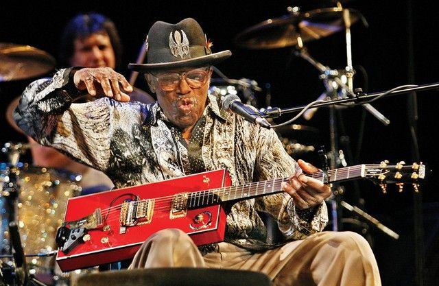 Guitarristas y su Guitarras (El Topic) 35e06faf67c3825fb7c791e9701d4eba