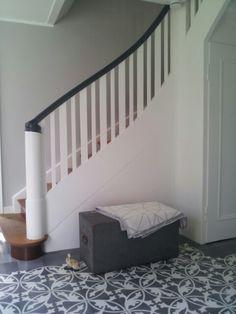 die besten 25 treppenhaus streichen ideen auf pinterest. Black Bedroom Furniture Sets. Home Design Ideas