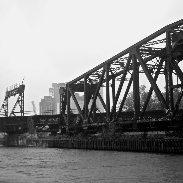 Pont ferroviaire abandonné
