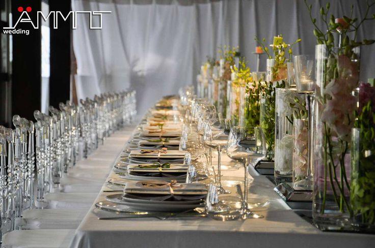 La moda sposa 2016/2017 ha un occhio di riguardo per i tavoli imperiali. Il tavolo imperiale potrà essere allestito secondo il gusto e le esigenze degli sposi