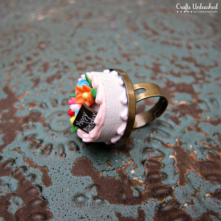 Custom bottle caps. Birthday ring. http://www.craftsunleashed.com/jewelry-main/custom-bottle-caps/