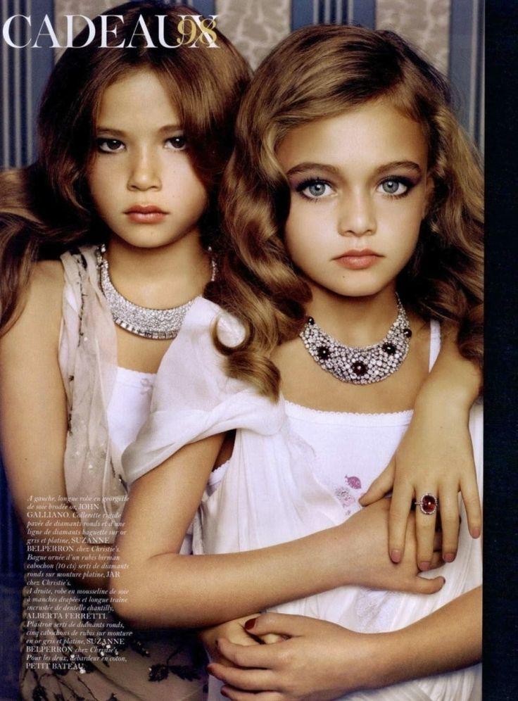 Cadeaux by Sharif Hamza for Vogue Paris Dec:Jan 2011 -3