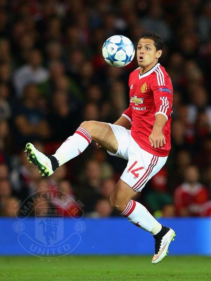 Javier Chicharito Hernandez back in Old Trafford