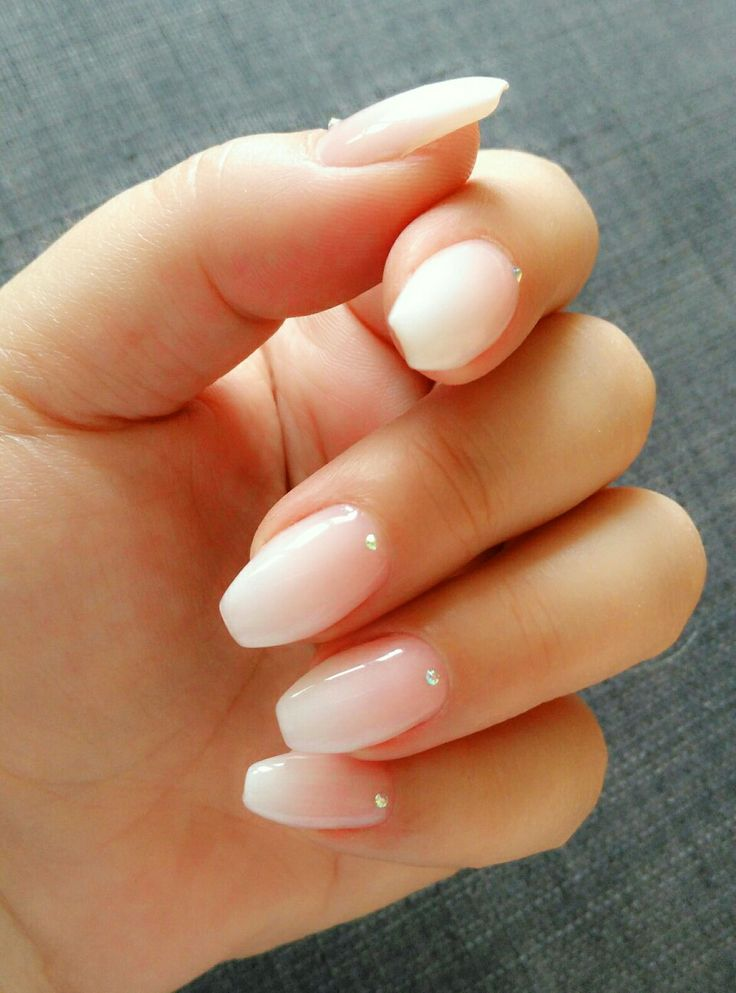 Nude ombre nails by @czumaczech #nude #ombre #crystal # ...