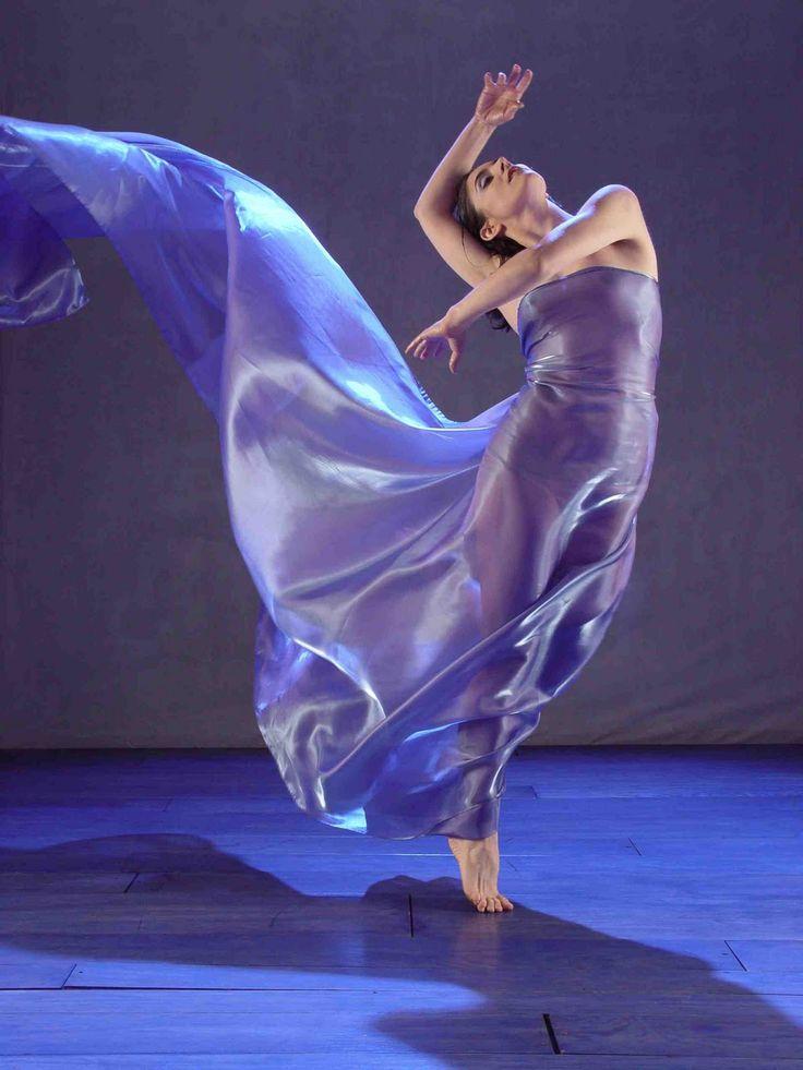 Танец ангелов танцуют большие девочки видео с крыльями фото 343-173