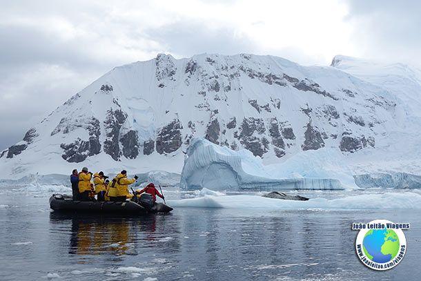 Explorar a Antártica