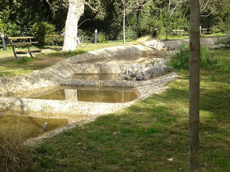 Framed water...(Pedion tou Areos - Athens)