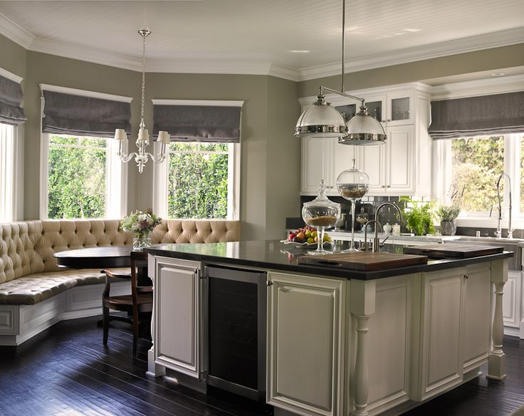 Beautiful traditional kitchen get the look with dunn for Beautiful traditional kitchens
