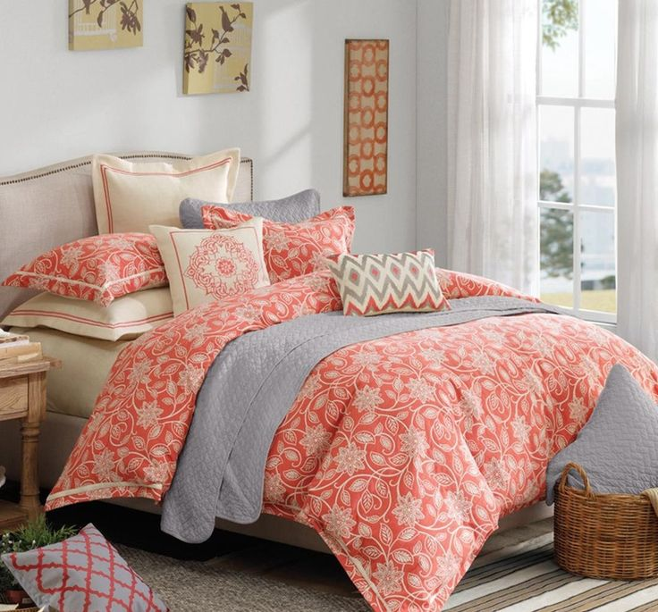 Chic Coral Bedding Sets with Fashionable Cotton Fabric Floral Patterned Comforter, Delicate Soft Gray Quilt, and Soft Thick Floral Patterned Pillows
