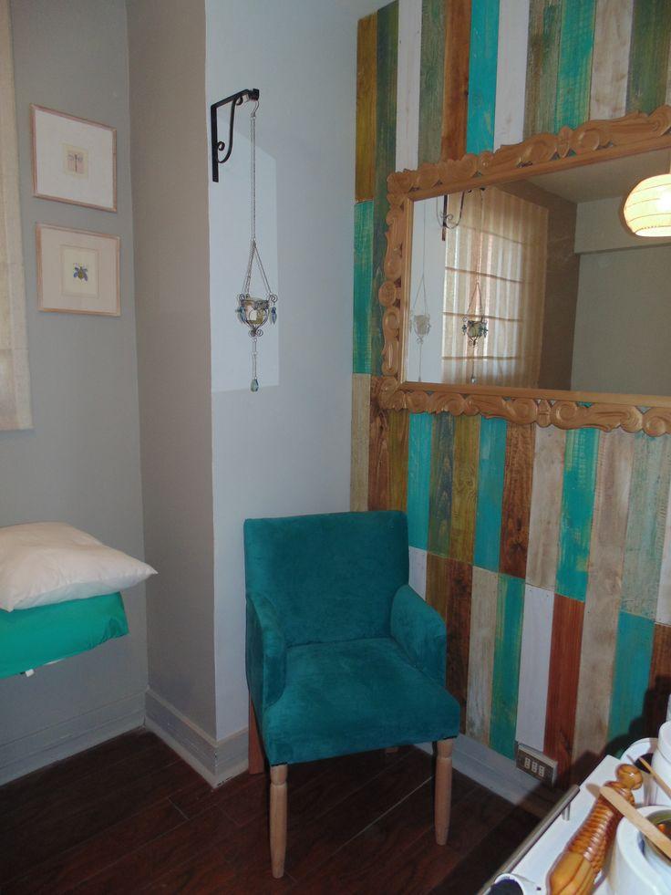 decoravintage... hacemos muebles, pero no cualquiera, ese mueble soñado..... ademas asesoramos para la decoracion de tu espacio ideal¡