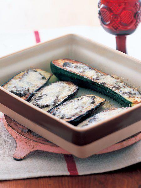 【ELLE a table】なすとズッキーニのタプナード焼きレシピ|エル・オンライン