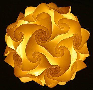 Interlocking Quadrilaterals lampshade tutorial