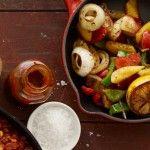 Vad är en texasmiddag utan en härlig bönsallad? Detta enkla recept passar utmärkt tillsammans med en Texas Beef Stew, grillat eller en chili con carne!