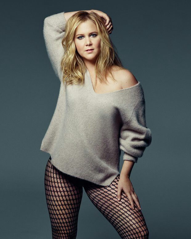 amy schumer boobs nudr