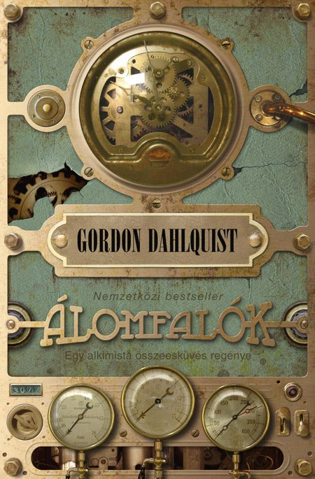 The Glass Books of the Dream Eaters.  Hungarian version of the novel by Gordon Dahlquist