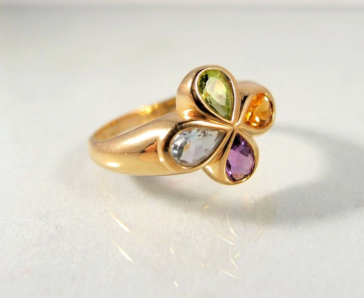 Natural colors in my # etsy shop: Colorful 18K solid gold ring, Natural gemstones, multi-colored gold clover ring, Stamped gold jewelry, Fine gold vintage jewellery
