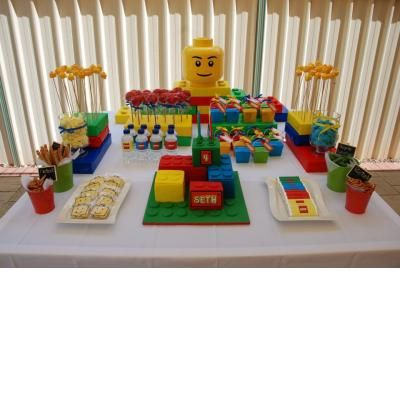Lego Party.  do three lego brick cake for luke