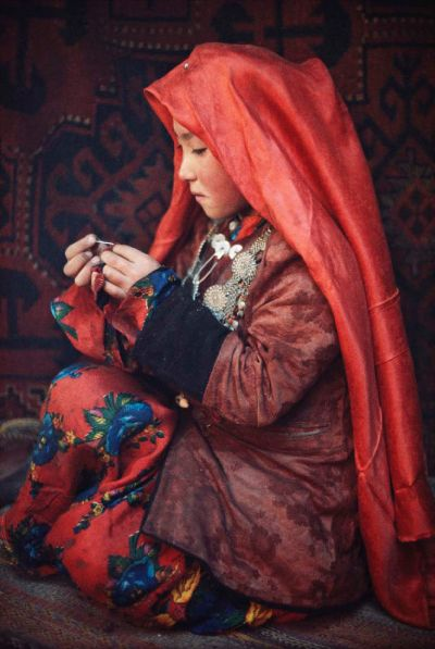 Kyrgyz girl. Afghanistan- so many in West and in contemporary world object to veiling and yet it lends this youngster beauty, poise and maturity.