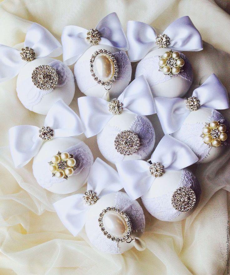 Купить Новогодние шары - белый, новогодний декор, новогоднее украшение, новогодние игрушки, новогодние подарки