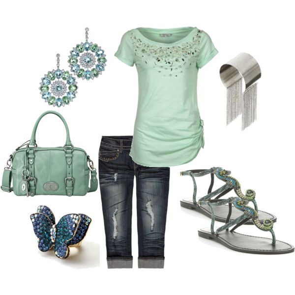 Mint green shirt and dark jeans! Great combination.