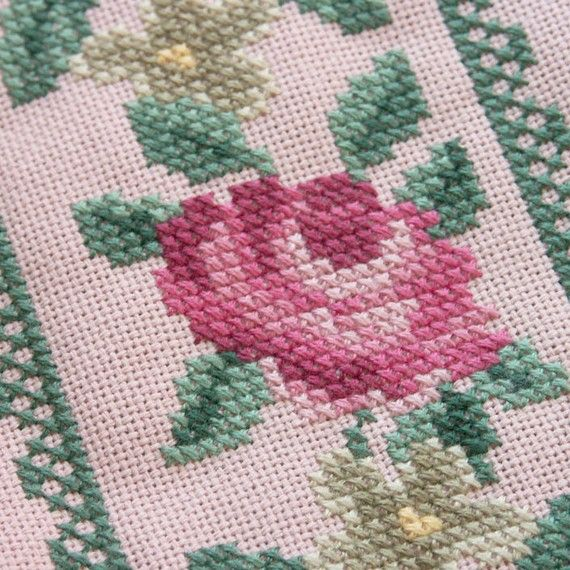 pink handbag with embroidered roses and beads by BelaStitches