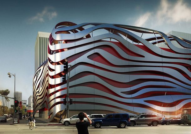 Автомобильный музей в Лос-Анджелесе