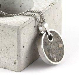 Small, grey pendant