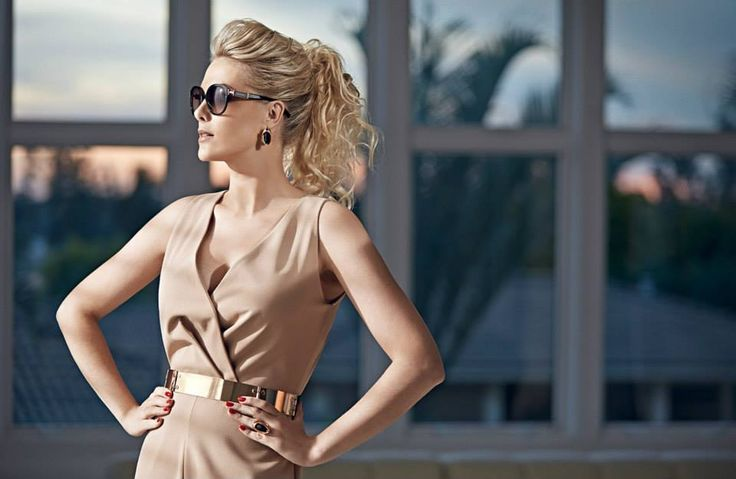Ana Hickmann sunglasses