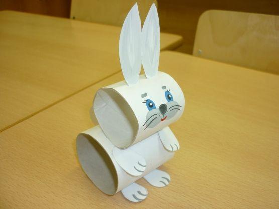 Мастер-класс: изготовление зайца для настольного театра из рулонов туалетной бумаги Фото