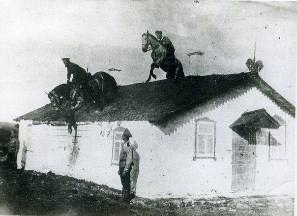 Казачья удаль, 1910-е гг.-Cossack prowess, 1910s.