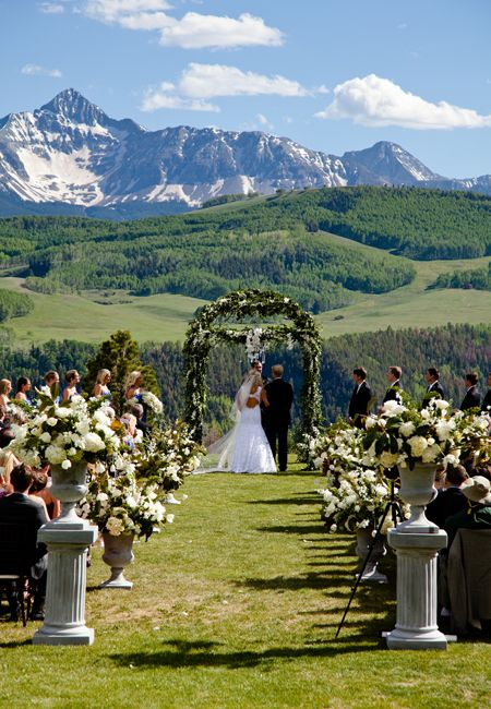A mountaintop wedding ceremony in Telluride, Colorado.