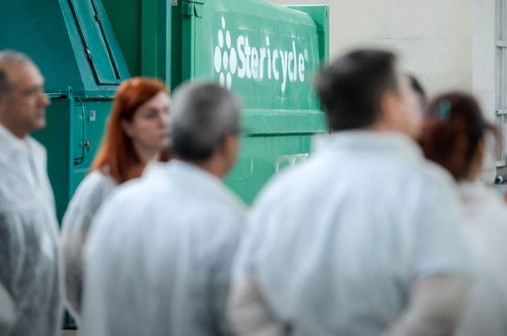 Jurnalistii afla mai multe detalii despre cel mai mare sterilizator din tara.