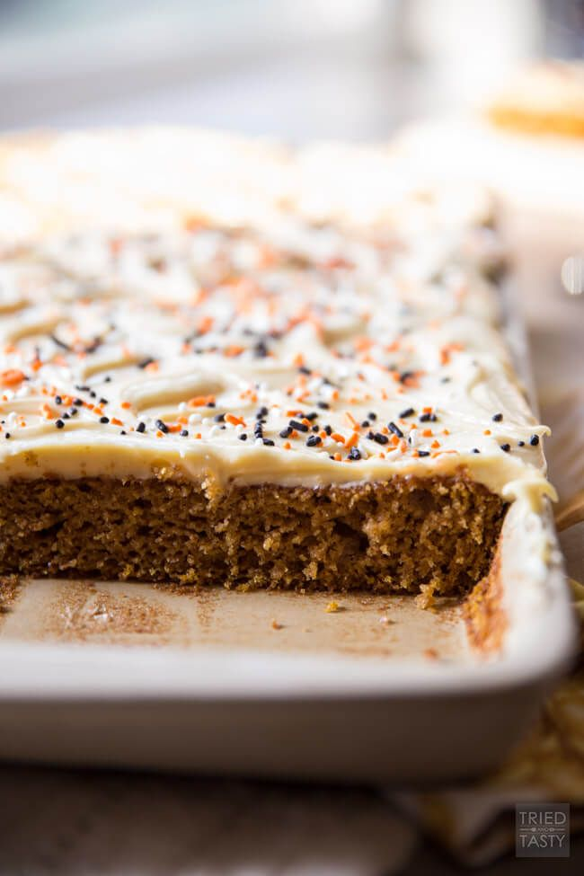 These Whole Wheat Pumpkin Cream Cheese Bars are the perfect way to kickoff the change of season. Soft, fluffy, moist, and flavorful!