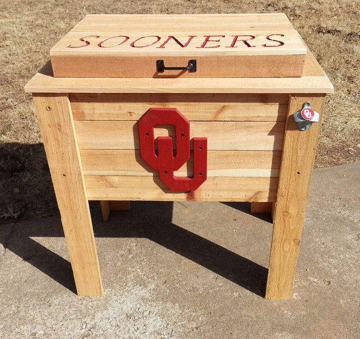 OU Oklahoma Sooners cedar cooler w/SOONERS engraved on top. *Officially Licensed Product* OU CL# JB1791 #SOONERS #boomersooner