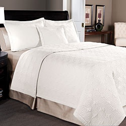 @Overstock - This delightful three-piece quilt set is ideal for adding a country touch to any bedroom. The set features a basic, demure pattern that is not overpowering or obtrusive. The quilt will keep you warm on cool nights. The matching shams complete the look.http://www.overstock.com/Bedding-Bath/Maison-3-piece-White-Cotton-Quilt-Set/4271773/product.html?CID=214117 $54.39