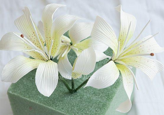 oriental lily sugar flower tutorial tiger lily by Bobbie's Baking Blog