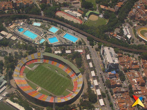 Vista aérea de la Unidad Deportiva Atanasio Girardot en Medellín
