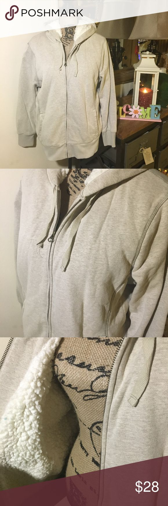 """Old Navy Cream (Beige) Zip Up Hoodie Jacket Old Navy Cream (Beige) Zip Up Hoodie Jacket; this is a super soft and warm hoodie with white """"Sherpa"""" inside; it is gently used and is in overall good condition; size XL Old Navy Jackets & Coats"""