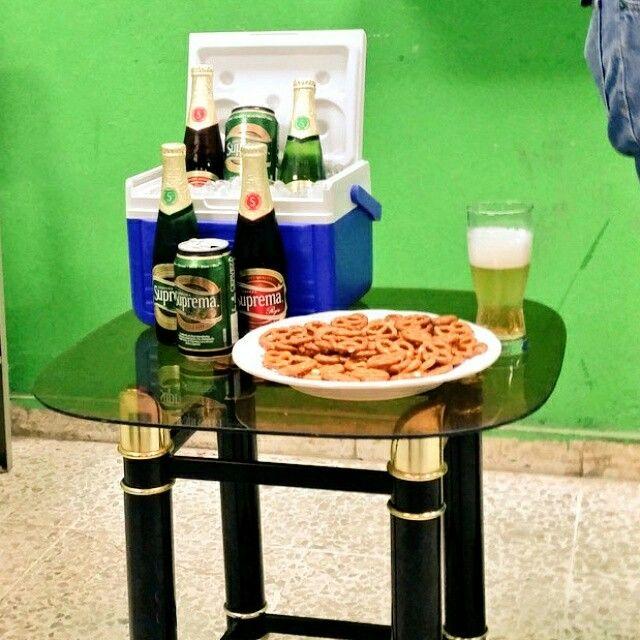 Presentación de cerveza Suprema. Amando mi carrera #Marketing #MarcasUes2015