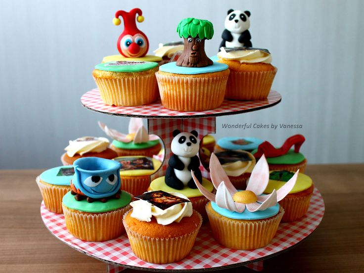 Efteling cupcakes: Panda Droom, Monsieur Cannibale, Indische Waterlelies, Sprookjesboom, rode schoentjes en Jokie!